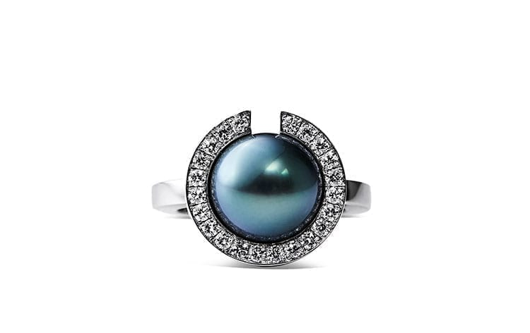 Coco Pearl Ring med diamanter - Designet af Rosing
